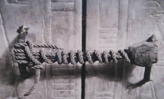 Τι σφραγίζει το σχοινί; Το πολύτιμο «μυστικό» έμεινε κρυφό για 3.245 χρόνια. Όταν αποκαλύφθηκε προκάλεσε παγκόσμιο θαυμασμό