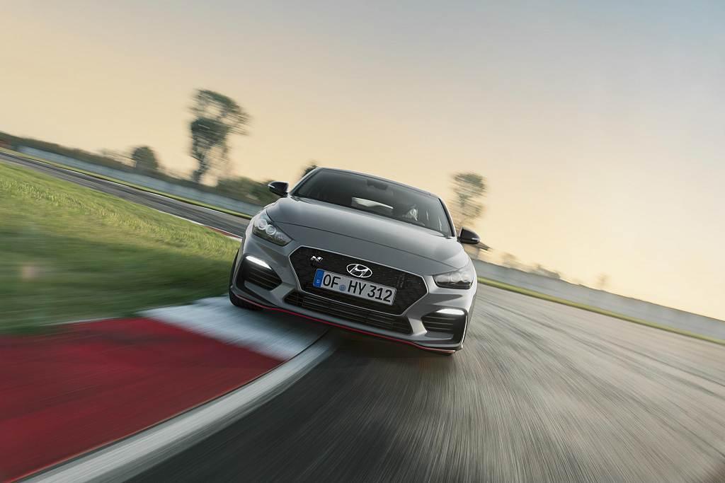Η Hyundai αποκαλύπτει σήμερα στο Παρίσι σε παγκόσμια πρώτη το ολοκαίνουργιο i30 Fastback N