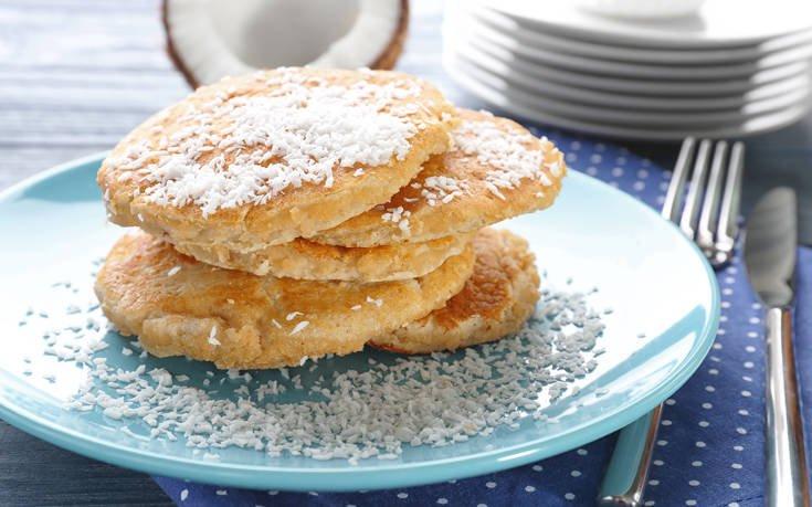 Pancakes με καρύδα