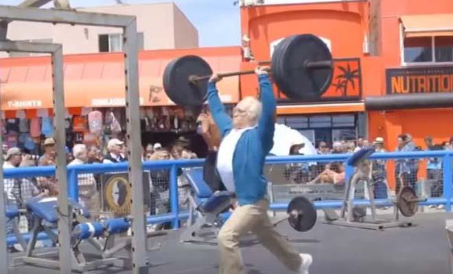 Ένας παππούλης έκανε τους φουσκωτούς ενός υπαίθριου γυμναστηρίου να… [Βίντεο]