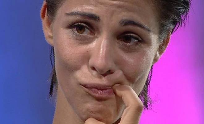 Νext Top Model: Εμφανίστηκε και κρατούσε το στόμα της Κλειστό μπροστά στους Κριτές. Δεν παέι το μυαλό σας ποιος ήταν ο Λόγος