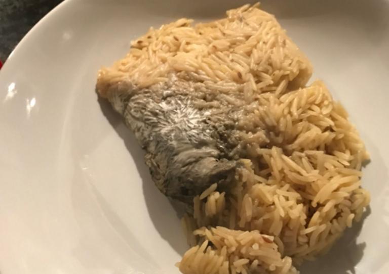 Βρήκε ποντίκι σε ρύζι από τα Lidl (εικόνες)