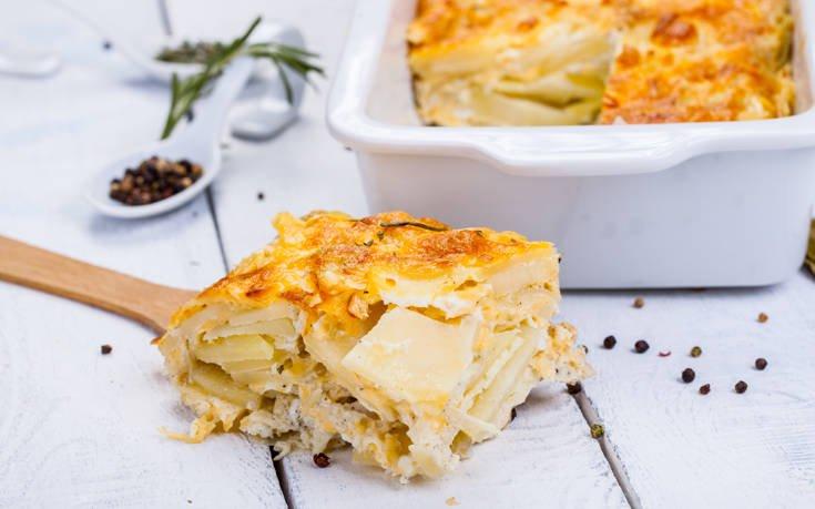 Πατάτες ογκρατέν με κρέμα γάλακτος και τυριά