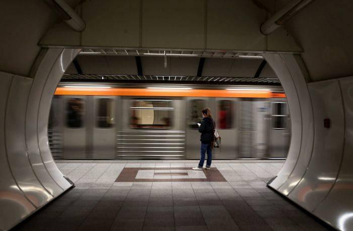 Παράνομες οι σημερινές στάσεις εργασίας στο μετρό