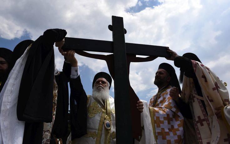 «Μαζικές και πρωτόγνωρες» αντιδράσεις προαναγγέλλουν οι κληρικοί
