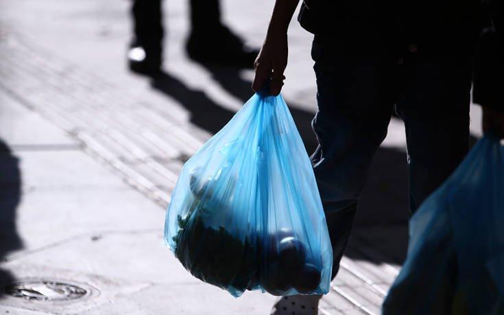 Φάμελλος: Τα έσοδα από τις πλαστικές σακούλες θα επιστρέψουν 100% στην κοινωνία