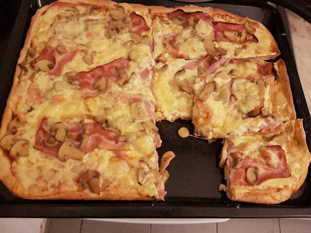 H καλύτερη ζύμη για πίτσα που έχετε φτιάξει ποτέ – Μια συνταγή του Jamie Oliver