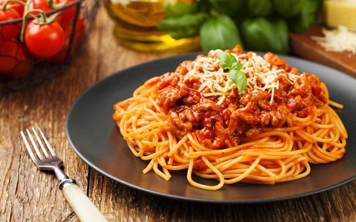 Σπαγγέτι μπολονέζ με καρότο