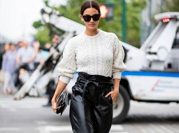 Πώς θα φορέσεις το μαύρο δερμάτινο παντελόνι