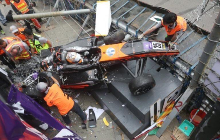 Τρομακτικό ατύχημα στη Formula 3! «Απογειώθηκε» μονοθέσιο! (ΒΙΝΤΕΟ)