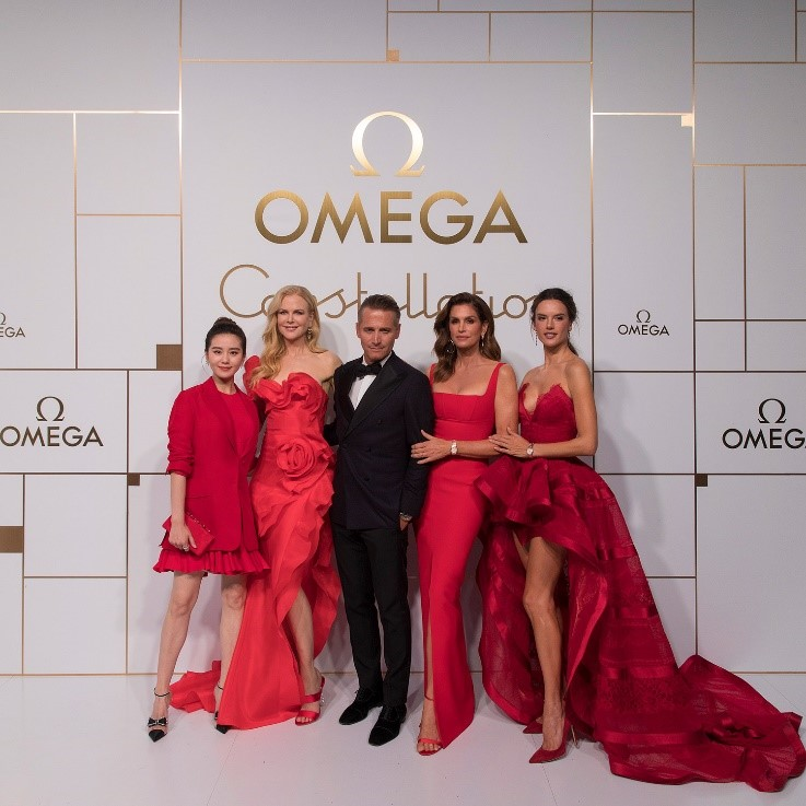 4 κορυφαίες κυρίες εμφανίζονται με την OMEGA στη Σαγκάη για την παρουσίαση της νέας συλλογής