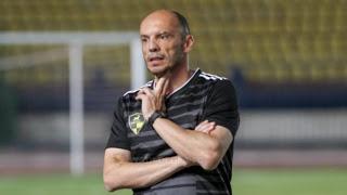 """Ο Γκώνιας διδάσκει το """"τικι – τάκα"""" στην Αίγυπτο"""