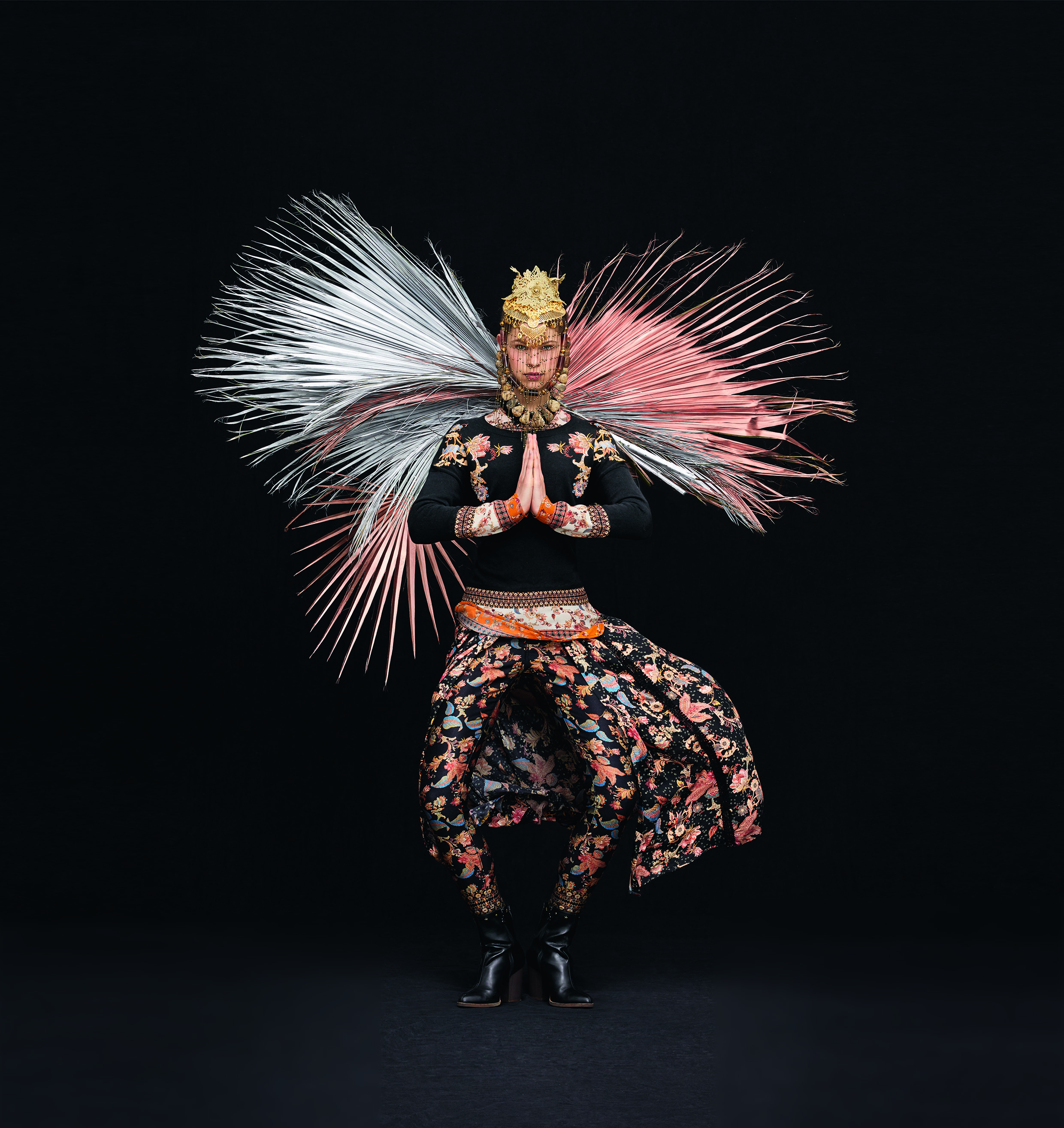 Η νέα συλλογή ρούχων Desigual είναι μία πανδαισία χρωμάτων και σχεδίων