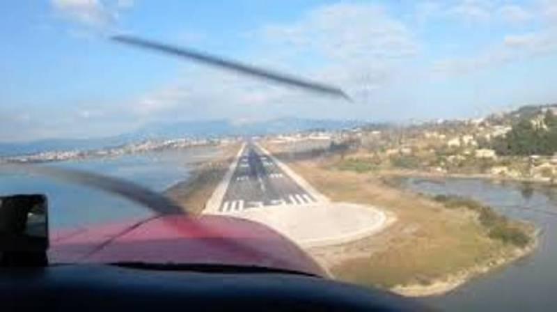 Ατελείωτη ταλαιπωρία για τους επιβάτες της πτήσης Αθήνα–Κέρκυρα