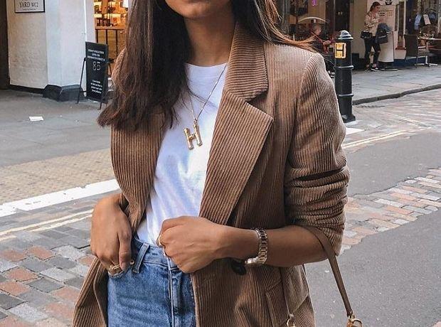 Jeans & blazer: Πώς θα κάνεις update σε αυτόν τον κλασικό συνδυασμό