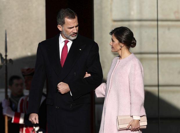 Η βασίλισσα Letizia της Ισπανίας με floral φόρεμα Asos
