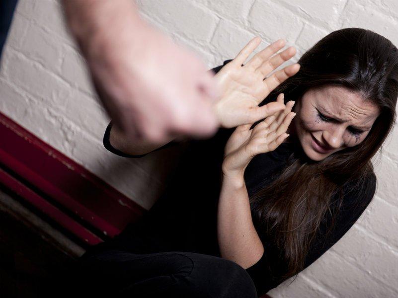 Βία στη σχέση: Μπορείς να πιστέψεις τις υποσχέσεις ότι δεν θα το ξανακάνει;