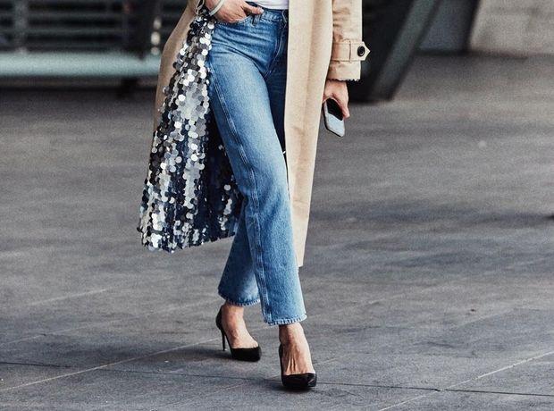 Ένας πολύ εύκολος τρόπος για να είσαι στιλάτη αλλά και άνετη αυτές τις  μέρες είναι να φορέσεις το τζιν παντελόνι σου. Εξάλλου 024c1d43b8e