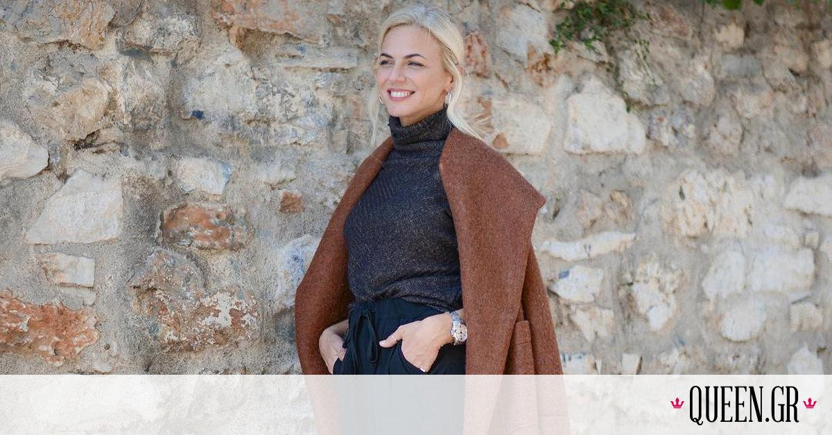 Η Χριστίνα Κοντοβά ποζάρει με το μπικίνι της και κάνει τα Χριστούγεννα να μοιάζουν ήδη παρελθόν