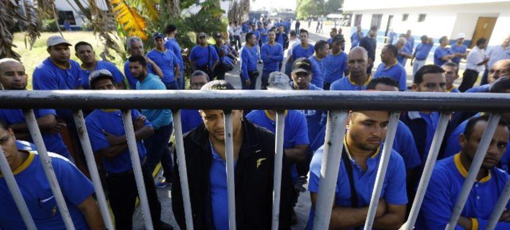 Η Goodyear αποχώρησε από τη Βενεζουέλα και χάρισε όλα τα λάστιχα που υπήρχαν στο εργοστάσιο