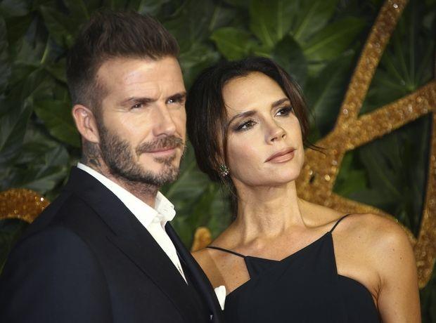 British Fashion Awards: Η εγκυμονούσα Meghan Markle, το ζεύγος Beckham και η οικογένεια Gerber