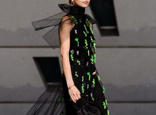 5 fashion trends που θα σε μεταμορφώσουν σε glam queen το βράδυ του ρεβεγιόν