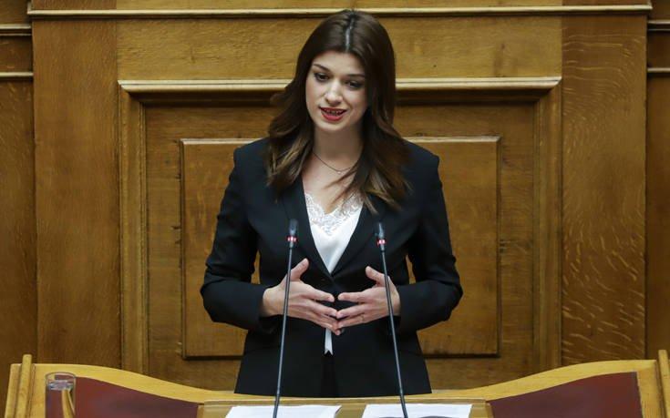 Νοτοπούλου: Το 2019 θα είναι το έτος νίκης του προοδευτικού κόσμου της Θεσσαλονίκης