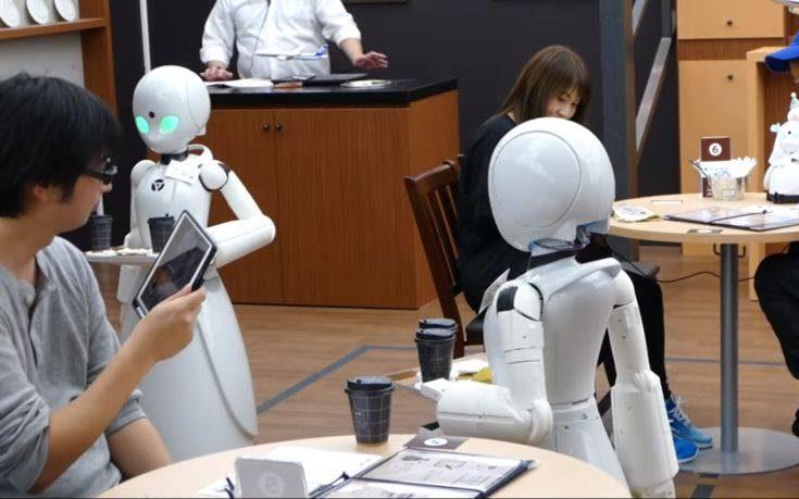 Η καφετέρια με τα ρομπότ-σερβιτόρους που ελέγχονται από παράλυτους