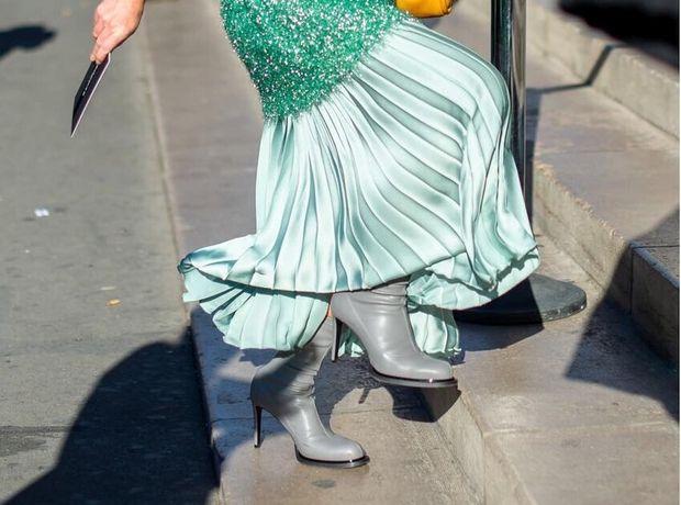 Πώς θα κάνεις update την πλισέ φούστα σου αυτή τη σεζόν