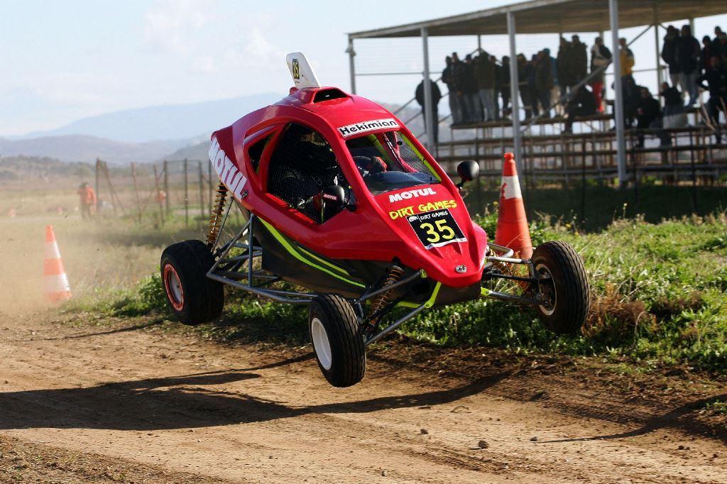 Μεγάλοι πρωταγωνιστές της χρονιάς: Ο Μπάμπης Γαζετάς και η ομάδα της Speedcar Motul Team Greece!