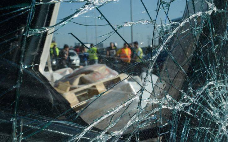 Δύο παιδιά και ένας 23χρονος οι νεκροί στο τροχαίο στην Κυπαρισσία