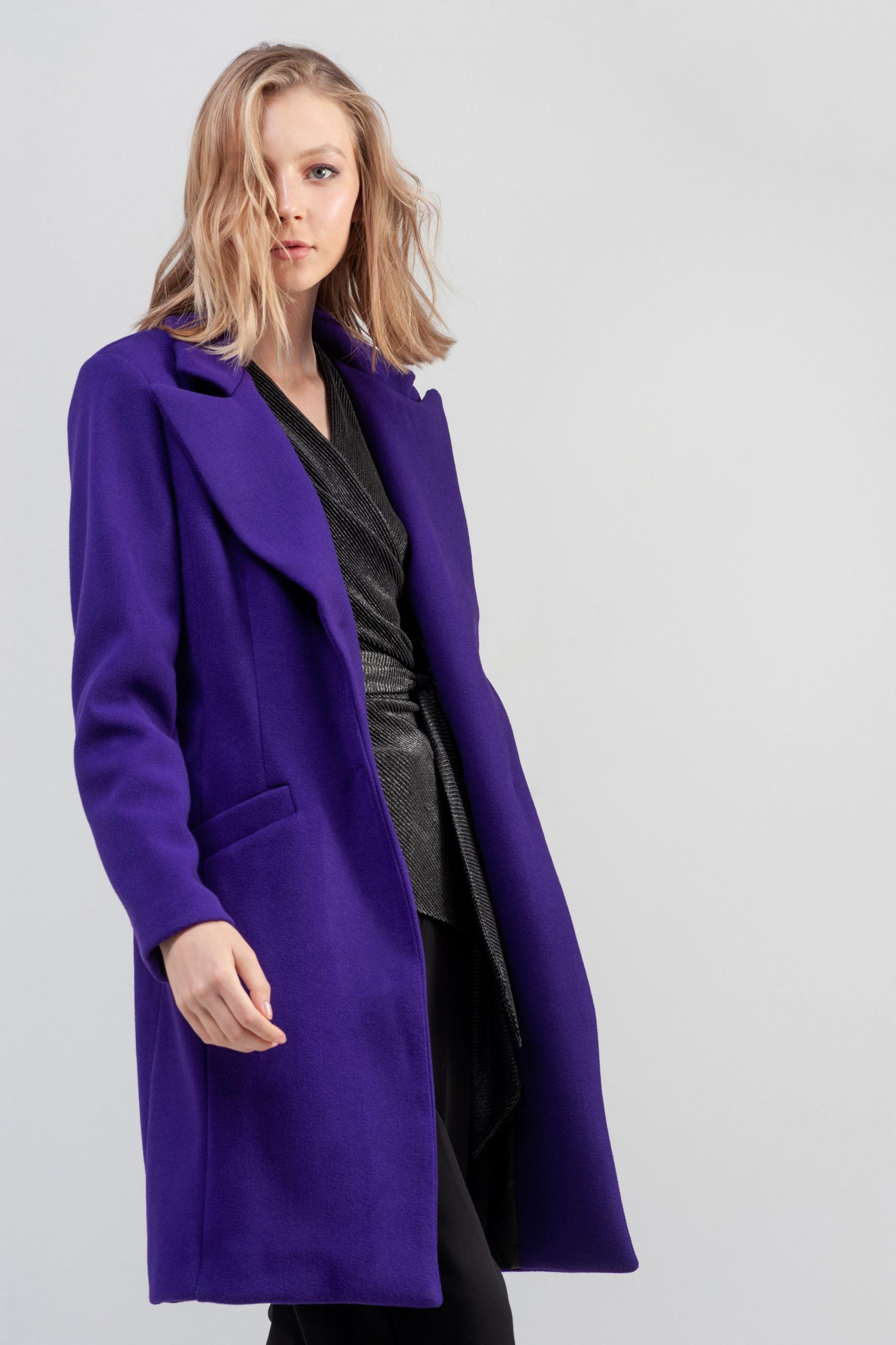 Warm Up Your Winter: Συνδύασε attrattivo πουλόβερ με πανωφόρι παραμένοντας ζεστή και κομψή
