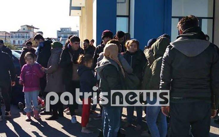 Στην Κυλλήνη 62 μετανάστες, ανάμεσα τους 13 παιδιά