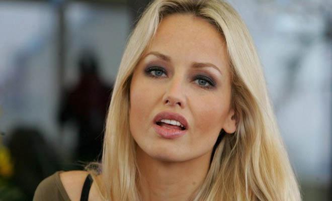 Αγνώριστη στα 47 της η Adriana Sklenarikova: Αρνείται τις Πλαστικές και Αποτελεί Παράδειγμα! [Εικόνες]