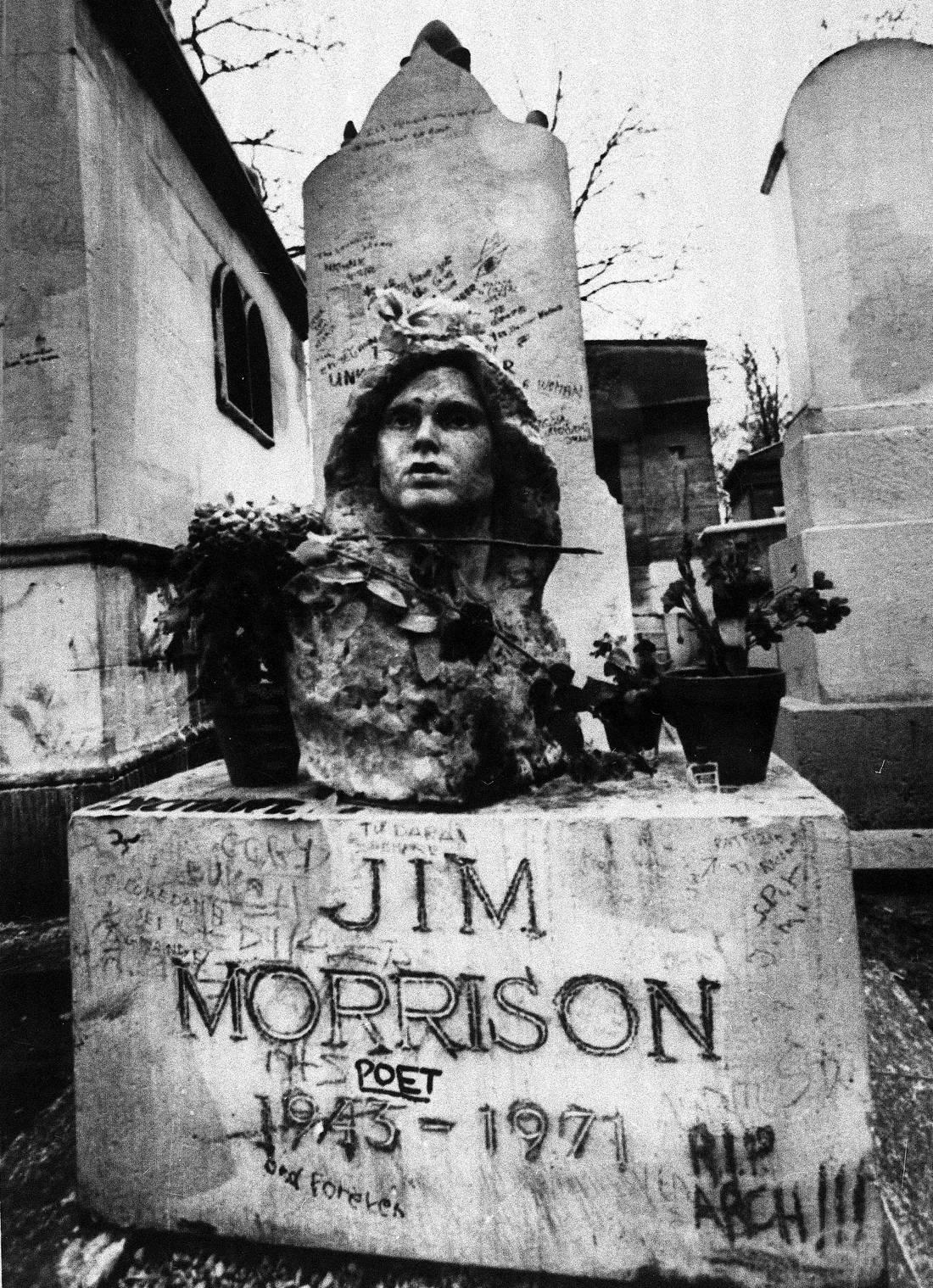 Ποιος και γιατί έβαλε μια ελληνική επιγραφή στον τάφο του Τζιμ Μόρισον