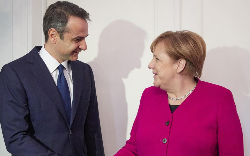 Μητσοτάκης προς Μέρκελ: Η θέση μας για τη Συμφωνία των Πρεσπών είναι αδιαπραγμάτευτη