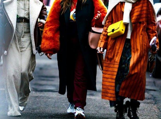 Insta inspo: 5 outfits που θα σε κρατήσουν ζεστή και στιλάτη