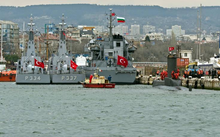Η Τουρκία δείχνει τη δύναμή της με τη «Γαλάζια πατρίδα»