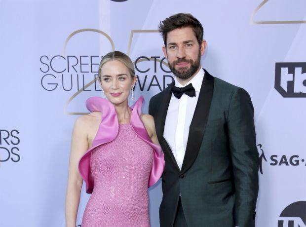 Tuxedo για δύο: Η Emily Blunt και ο John Krasinski φόρεσαν το ίδιο κοστούμι
