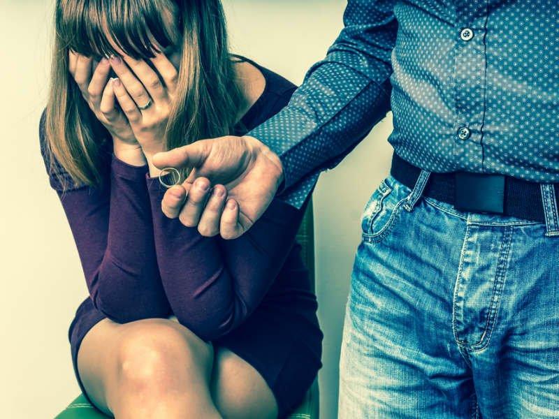 Απιστία: 6 γυναίκες αφηγούνται πώς έσωσαν τη σχέση τους