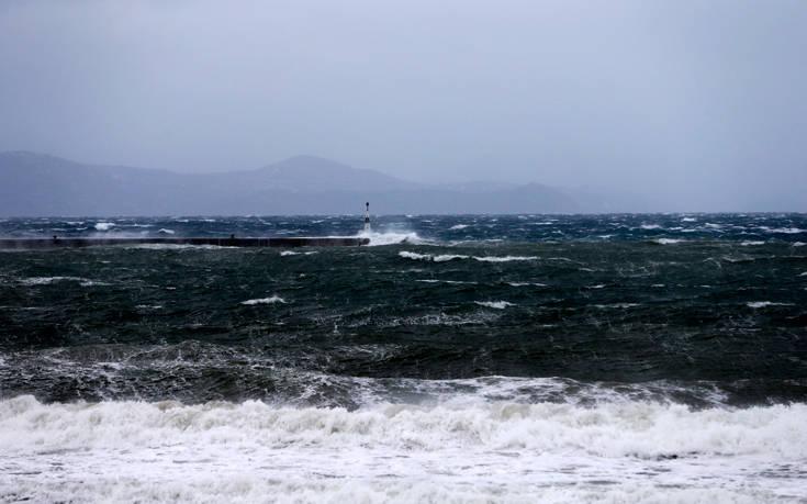Ισχυροί άνεμοι μέχρι και 10 μποφόρ στο Αιγαίο