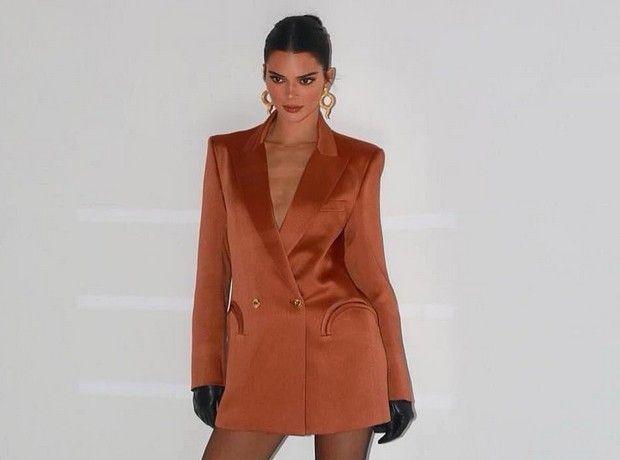 Το πιο hot πορτοκαλί της επόμενης σεζόν είναι αυτό που φόρεσε η Kendall Jenner
