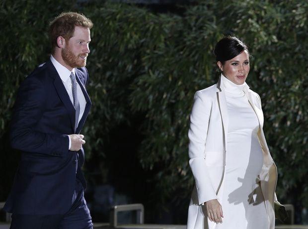 Η Meghan Markle ντυμένη στα λευκά θα σε κάνει να ξεχάσεις κάθε προηγούμενο look της