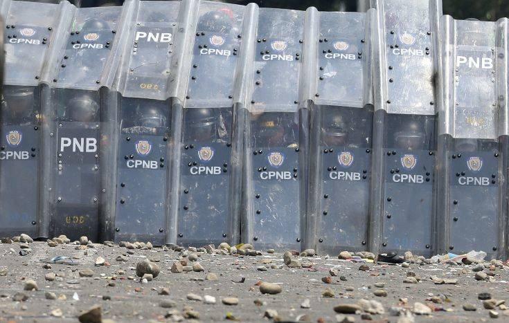 Συγκρούσεις στα σύνορα της Βενεζουέλας με Βραζιλία και Κολομβία