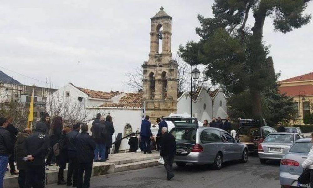 Κρήτη: Ράγισαν καρδιές στο τελευταίο αντίο της οικογένειας που πνίγηκε στον Γεροπόταμο