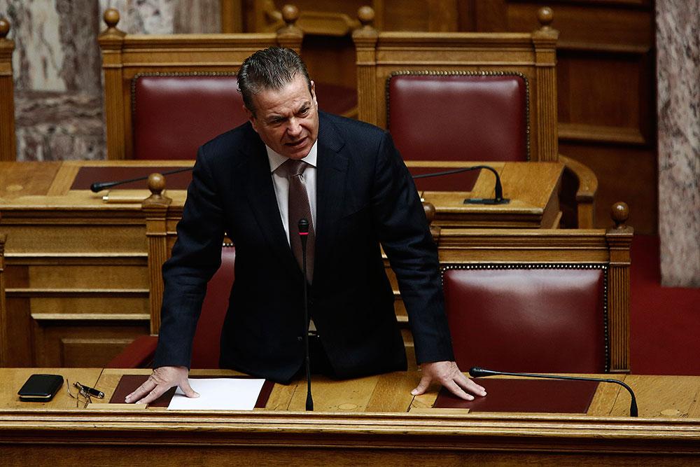 Πετρόπουλος: Στο παρελθόν οι άνθρωποι έψαχναν στα σκουπίδια και είχαν εξαφανιστεί οι γάτες και οι σκύλοι