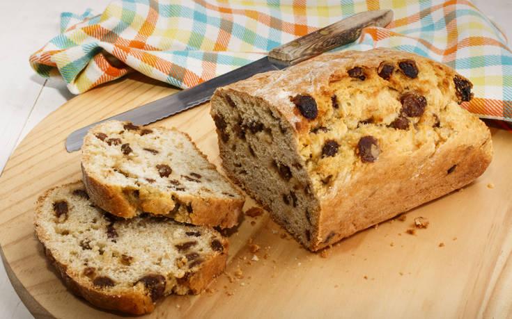 Ψωμί με σταφίδες