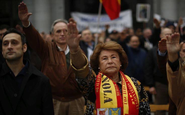 Σημαντική δημοσκοπική άνοδος για την Ακροδεξιά στις ευρωεκλογές