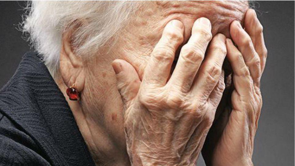 Βέροια: 26χρονη αγκάλιασε ηλικιωμένη και της έκλεψε τον σταυρό που φορούσε