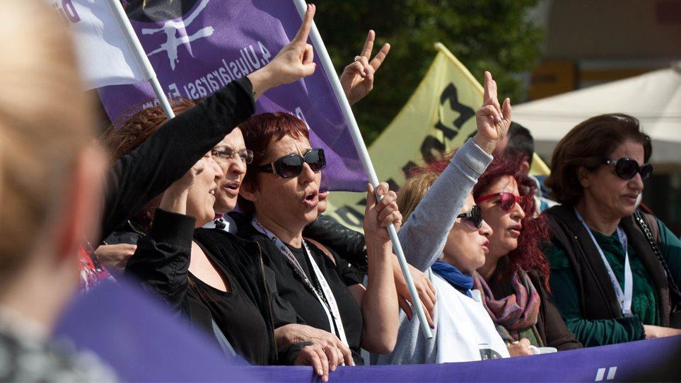 Φεμινιστική απεργία για πρώτη φορά στην Ελλάδα